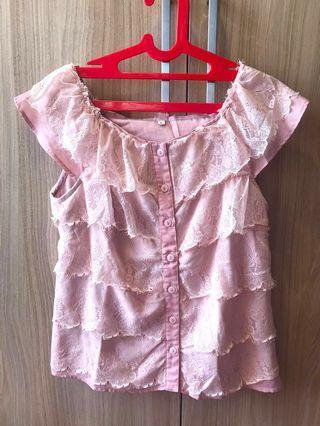 Top baju pink kancing depan