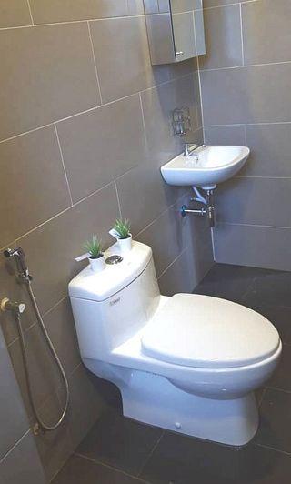 FREE GIFT untuk setiap pakej toilet kami!