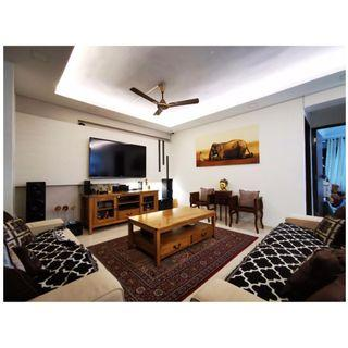 EXECUTIVE APARTMENT JUST LIKE BRAND NEW! 3 YRS RENO ONLY!