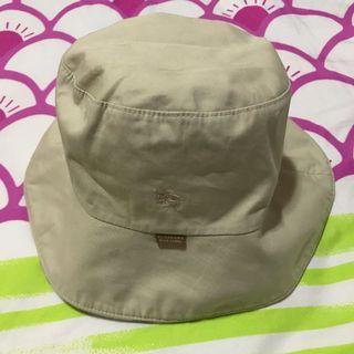 Burburry 帽
