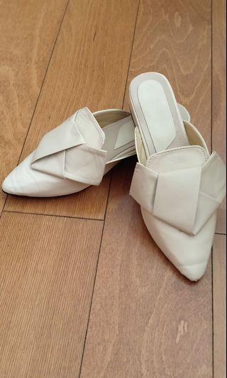 Nude sandal shoes