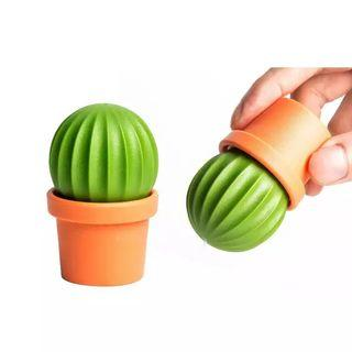 Qualy Catus Salt and Pepper Shaker