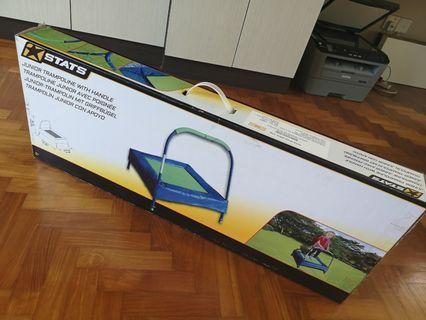 🚚 Junior trampoline with handle