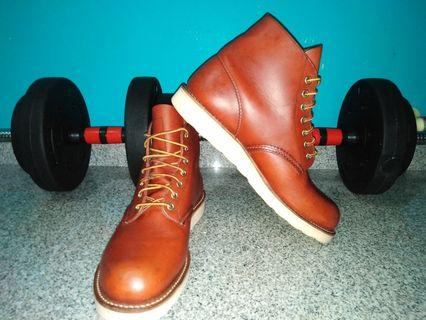 Red Wing 8166 size 9D