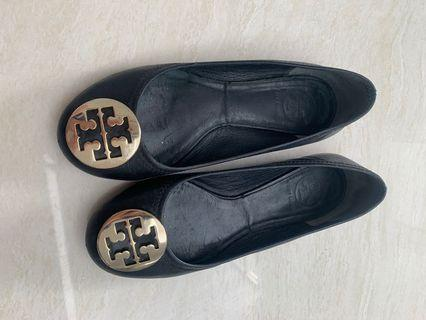 Authentic tory burch size 36