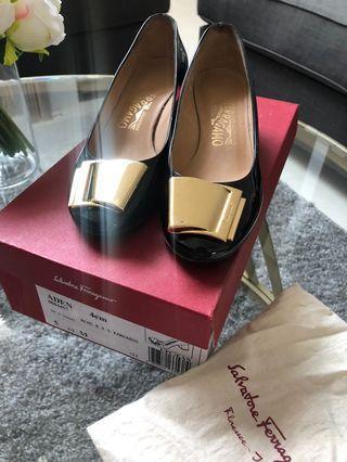 Salvatore Ferragamo Shoes authentic size 5.5