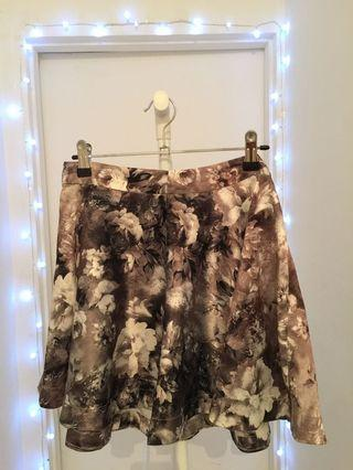 Cute Black and white floral skirt