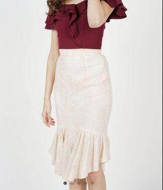🚚 BN MDS Lace Mermaid Skirt in Nude