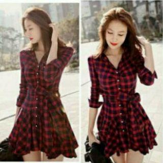 Mididress kotak Red