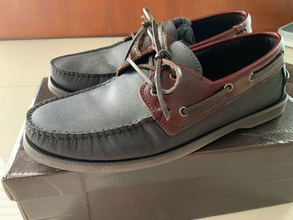 Tomaz Leather Loafer