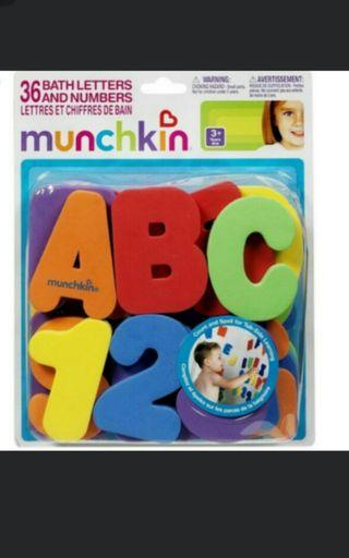 Munchkin letters and numbers educational bath toy