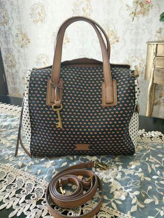 Fossil bag authentic