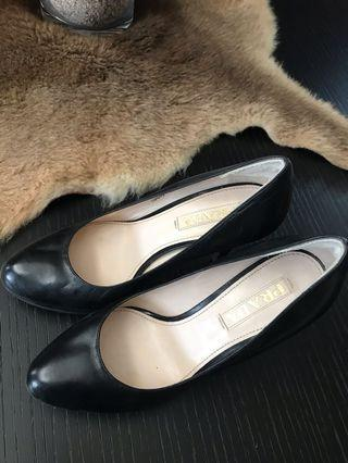 Prada women shoes size 36 1/2 authentic