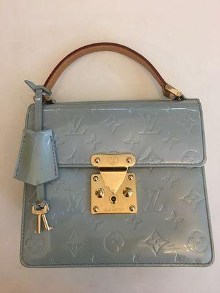 Louis Vuitton blue vernis Dinner tote come with duatbag