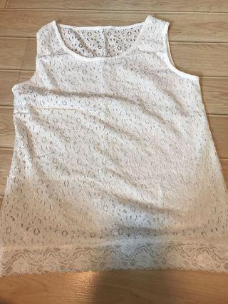 New- korean lace top 白色通花背心