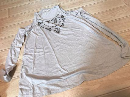 85% new Hollister M size top