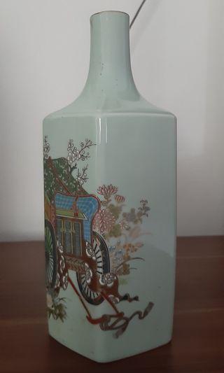 vas bunga pajangan