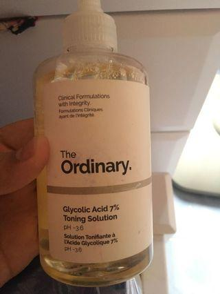 The ordinary glycolic asid 7% toning solution