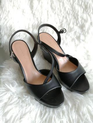 CHARLES & KEITH Black Ankle Strap Wedges