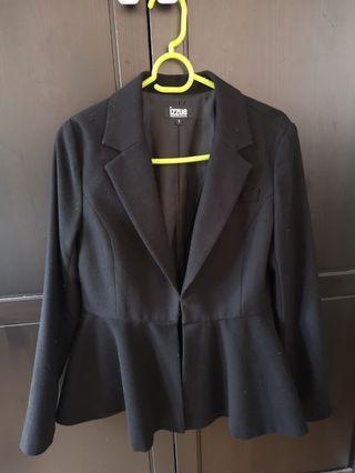 Izzue 女裝黑色西裝外套