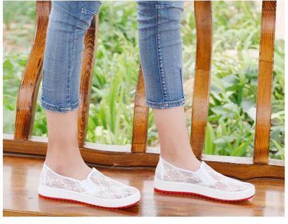 Lace 平底鞋