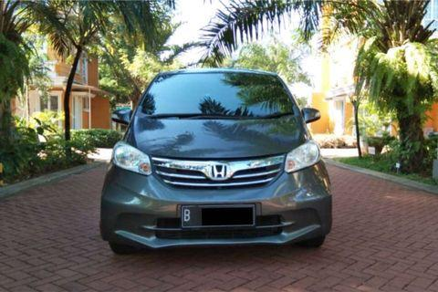 Honda Freed PSD AT 2012