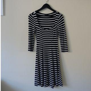 Skater Dress With Sweetheart Neckline size 6