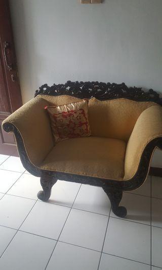 Sofa tamu atau keluarga ukir