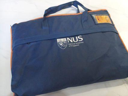 🚚 NUS Science Faculty Graduation gown + mortar