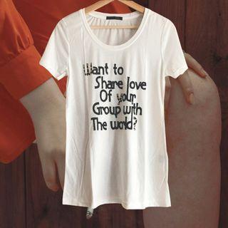 【最低價最低價-全新】白色T恤字母卯釘裝飾