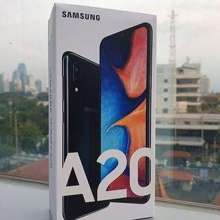 Promo Cicilan 0% Samsung A20 Free Kuota Xl 1 Tahun