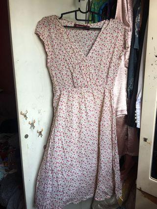 🚚 Vintage Floral Pink Dress
