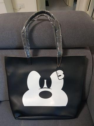 🚚 Mickey mouse shoulder bag