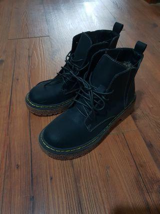 💥二手 馬丁靴 35號
