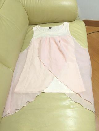 粉紅色雪紡上衣