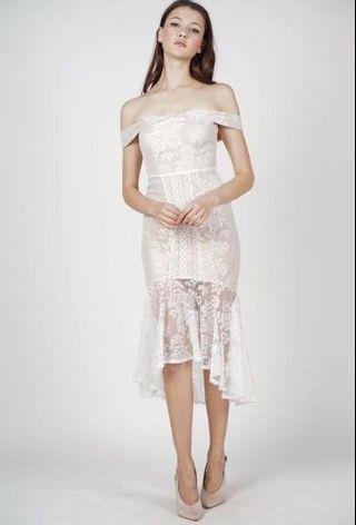 Amie lace dress