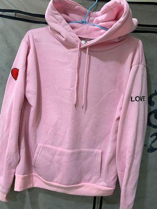 粉色愛心帽T