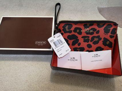 🚚 Brand New Coach Wristlet With Price Tag