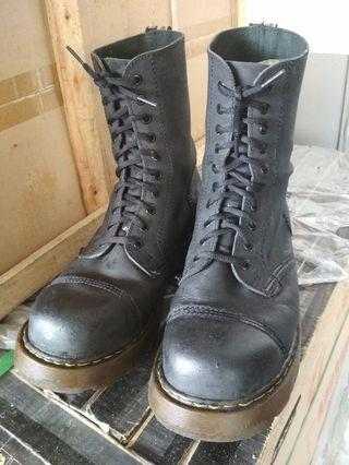 Steel Boots 😎 For Sale