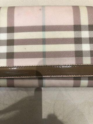 Limited edition Burberry wallet (authentic)
