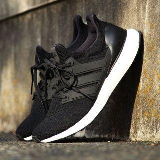 現貨 iShoes正品 Adidas Ultra Boost 4.0 男鞋 黑 白 馬牌 編織 慢跑鞋 BB6166