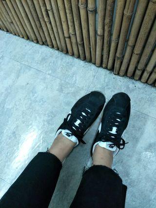 🚚 Nike 基本款 黑色 阿甘鞋 二手95新 日本潮貨區帶回