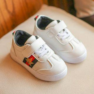 White with black leisure shoes Sneakers