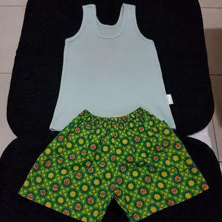 Setelan Singlet dan Celana Katun Bayi LITTLE Q Hijau size 8-12 bulan