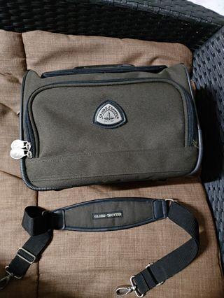 Globe Trotter  Case Bag