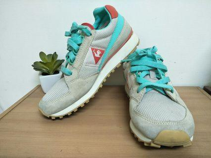 Le coq sportif 樂卡克公雞牌舒適運動走路散步休閒鞋36號/23號女鞋鞋子