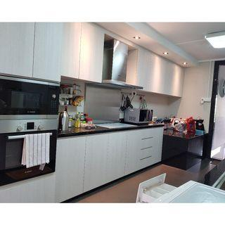 Fully furnished 2-bedroom HDB apartment for rent