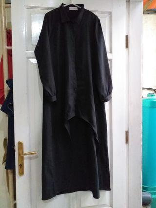 Asymmetric Dress hitam