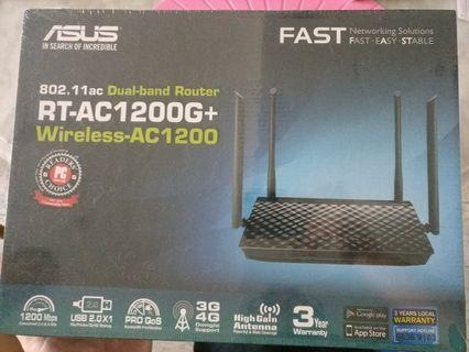 ASUS RT-AC1200G+ for sale (BRAND NEW) in the unopened box