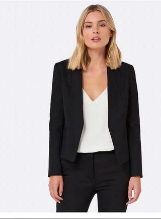 Forever New Ashley black blazer size 6 RRP$100
